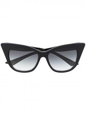 Солнцезащитные очки в оправе кошачий глаз Dita Eyewear. Цвет: черный