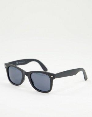 Прорезиненные солнцезащитные очки черного цвета -Черный цвет River Island
