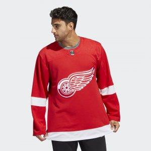 Оригинальный хоккейный свитер Red Wings Home Performance adidas. Цвет: красный