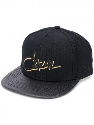 Кепка с вышитым логотипом Cazal. Цвет: черный