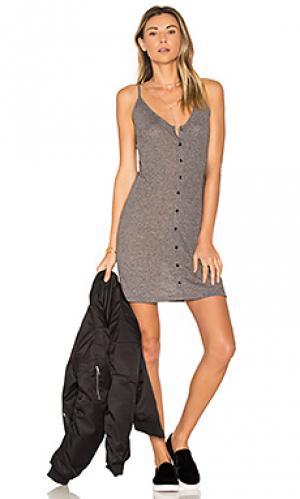 Платье barbados Obey. Цвет: серый