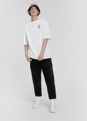 Широкие чёрные джинсы с карманами O`Stin. Цвет: черный
