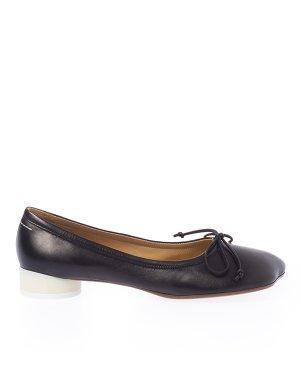 Туфли S59WZ0077 38 черный MM6 Maison Margiela. Цвет: черный