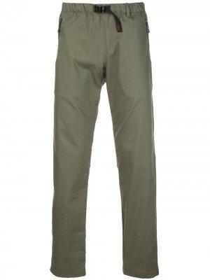 Брюки с эластичным поясом Battenwear. Цвет: зеленый