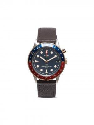 Наручные часы Waterbury Traditional GMT 39 мм TIMEX. Цвет: коричневый