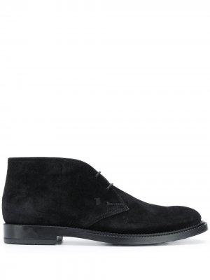 Tods ботинки дезерты с монограммой Tod's. Цвет: черный