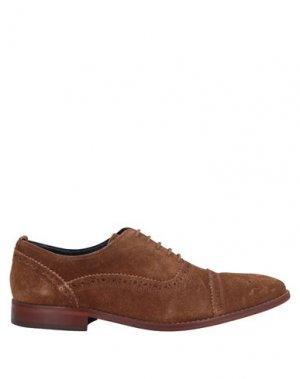 Обувь на шнурках BASE London. Цвет: хаки