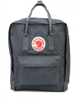 Рюкзак Kanken с нашивкой-логотипом Fjällräven. Цвет: серый