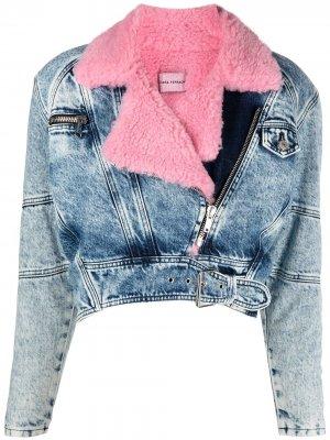Укороченная джинсовая куртка с искусственным мехом Chiara Ferragni. Цвет: синий