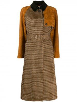 Пальто в ломаную клетку Salvatore Ferragamo. Цвет: коричневый