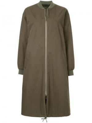 Длинная куртка-бомбер Army Yves Salomon. Цвет: зелёный