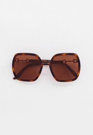 Очки солнцезащитные Gucci GG0890S. Цвет: коричневый