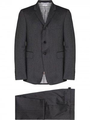 Шерстяной костюм с однобортным пиджаком в елочку Thom Browne. Цвет: серый