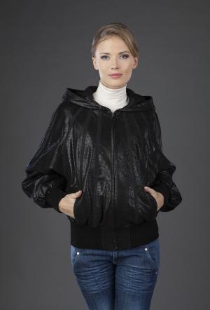 Черная кожаная куртка с перламутровым напылением VESUTTI. Цвет: черный