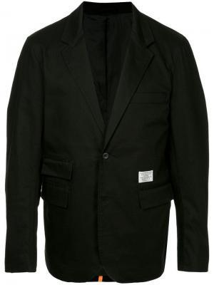Приталенный пиджак с подкладкой Makavelic. Цвет: черный