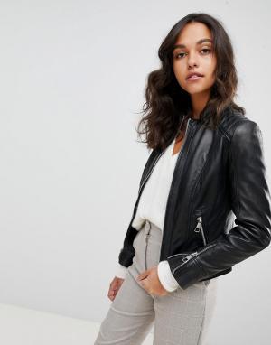 Кожаная куртка без воротника Boss Casual. Цвет: черный