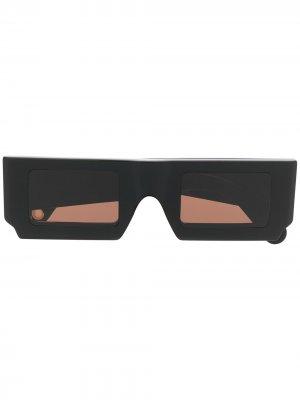 Солнцезащитные очки Les Lunettes Jacquemus. Цвет: черный