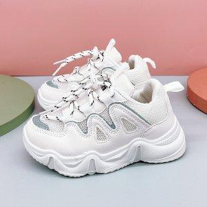 Для мальчиков Кроссовки на массивной подошве сетчатая вставка шнурках SHEIN. Цвет: белый