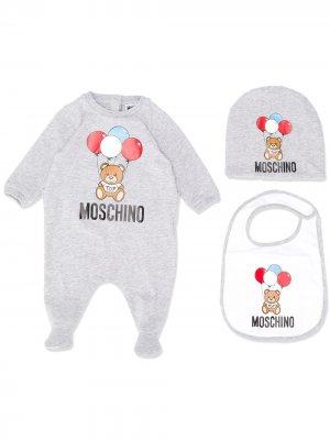 Комплект из комбинезонов с шапкой и нагрудником Moschino Kids. Цвет: серый