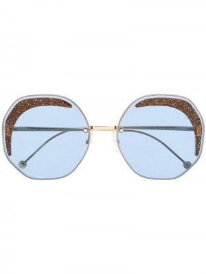 Солнцезащитные очки в оправе геометрической формы Fendi Eyewear. Цвет: синий