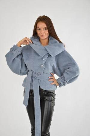 Пальто Амулет AMULET. Цвет: голубой
