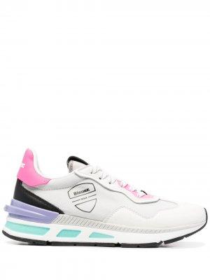 Кроссовки на шнуровке Blauer. Цвет: серый