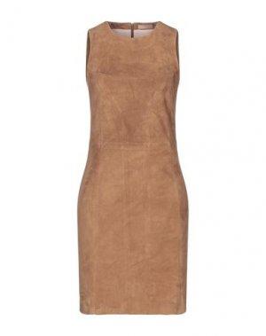 Короткое платье DROMe. Цвет: коричневый