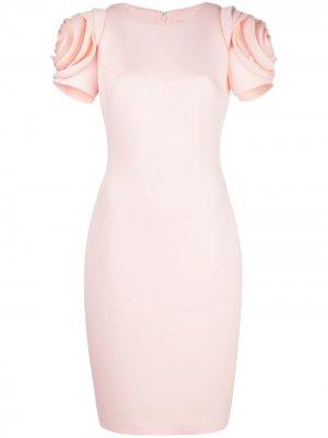 Платье-футляр с аппликацией на рукавах Badgley Mischka. Цвет: розовый