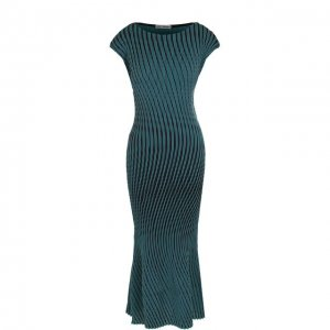 Приталенное платье-миди в контрастную полоску Issey Miyake. Цвет: зелёный