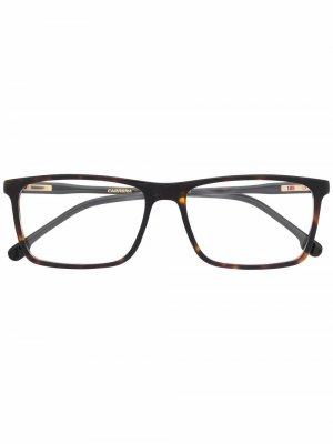 Очки с тисненым логотипом Carrera. Цвет: коричневый