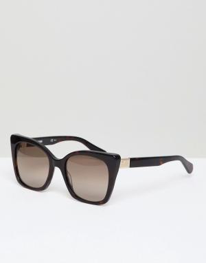 Солнцезащитные очки кошачий глаз в черепаховой оправе LOVE Moschino. Цвет: коричневый