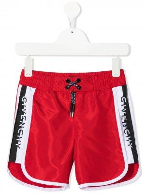 Плавки-шорты с логотипом Givenchy Kids. Цвет: красный