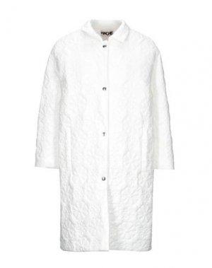 Легкое пальто HACHE. Цвет: белый