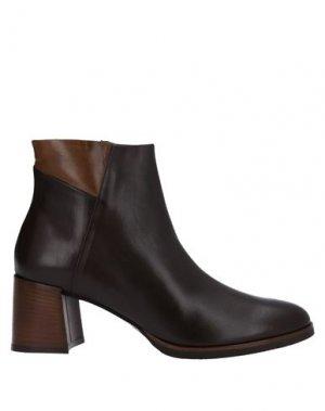 Полусапоги и высокие ботинки CALPIERRE. Цвет: темно-коричневый