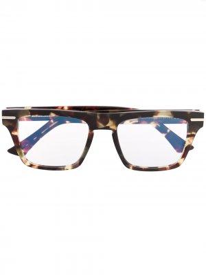Очки Kingsman в прямоугольной оправе Cutler & Gross. Цвет: коричневый