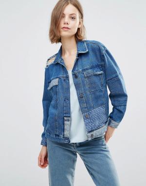 Джинсовая куртка бойфренда в стиле пэтчворк Karin Waven. Цвет: синий