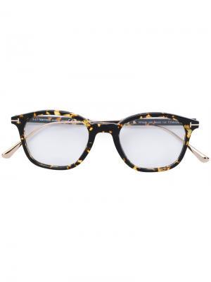 Очки в оправе с эффектом черепашьего панциря TOM FORD Eyewear. Цвет: коричневый