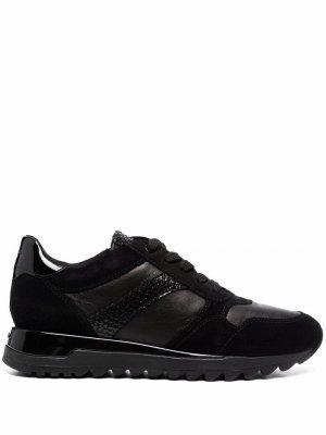 Кроссовки со вставками Geox. Цвет: черный