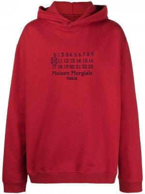 Толстовка с капюшоном и вышитым логотипом Maison Margiela. Цвет: красный