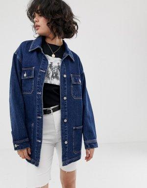 Темно-синяя джинсовая oversize-куртка с карманами Pull&Bear. Цвет: синий