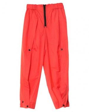 Повседневные брюки ISSEY MIYAKE. Цвет: красный