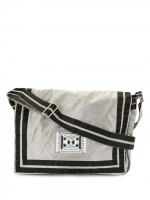 Сумка на плечо Sports с нашивкой-логотипом CC Chanel Pre-Owned. Цвет: черный
