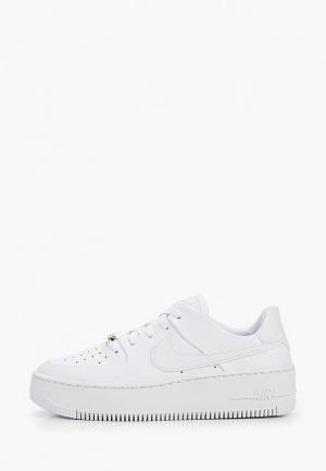 Кеды на танкетке Nike Air Force 1 Sage Low Womens Shoe. Цвет: белый