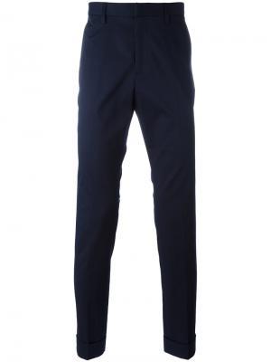 Классические брюки чинос с вышивкой Gucci. Цвет: синий