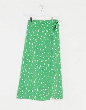 Зеленая юбка миди в горошек с запахом -Зеленый Monki