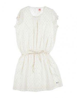 Платье AMERICAN OUTFITTERS. Цвет: слоновая кость
