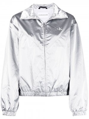 Бомбер с логотипом и эффектом металлик Calvin Klein Jeans. Цвет: серебристый