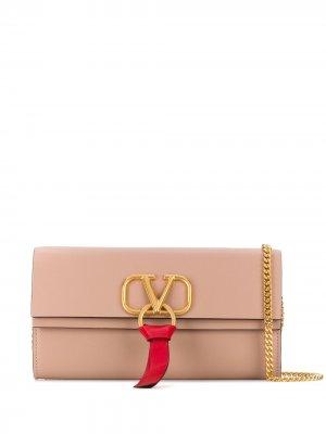 Маленькая сумка на плечо с логотипом VRing Valentino Garavani. Цвет: розовый