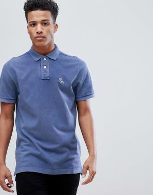 Синяя футболка-поло с логотипом Abercrombie & Fitch. Цвет: синий