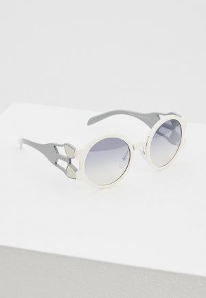 Очки солнцезащитные Prada PR 13US YEB5R0. Цвет: белый